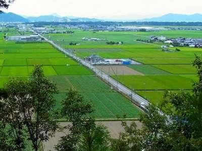 山崎山城 山頂からの眺望 下街道 南西方向